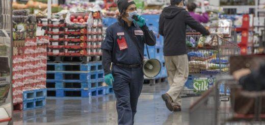 在新冠病毒疫情期间购物是什么感受?
