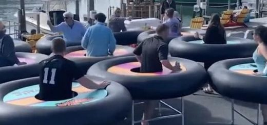 """美国餐厅老板脑洞大开,设计""""轮胎餐桌"""",为保持社交距离做贡献"""